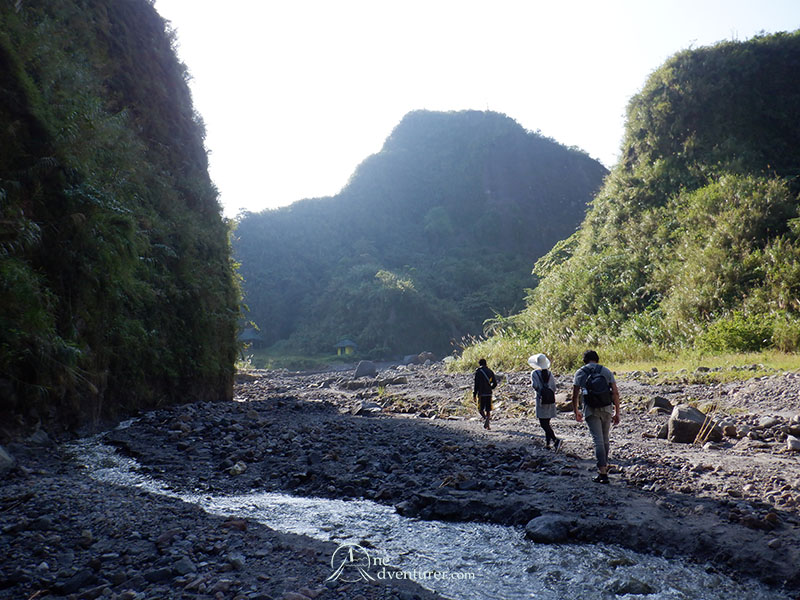 mt pinatubo one adventurer hike