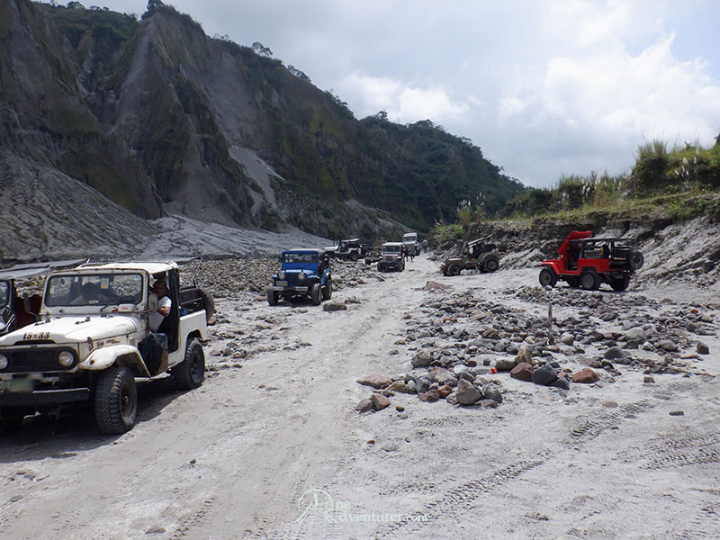 mt pinatubo one adventurer 4x4 parked