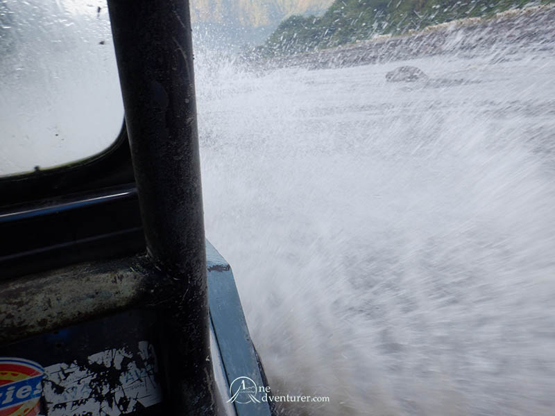 mt pinatubo 4x4 water splash one adventurer