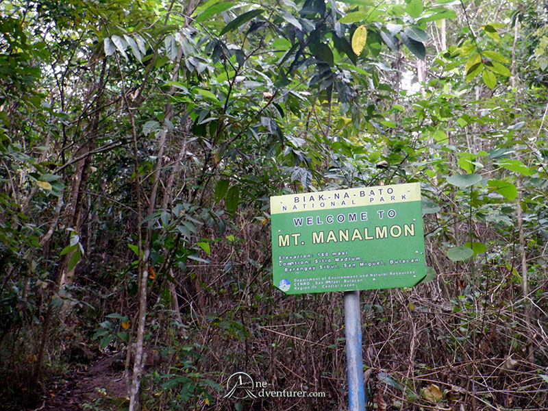 mt manalmon trail sign